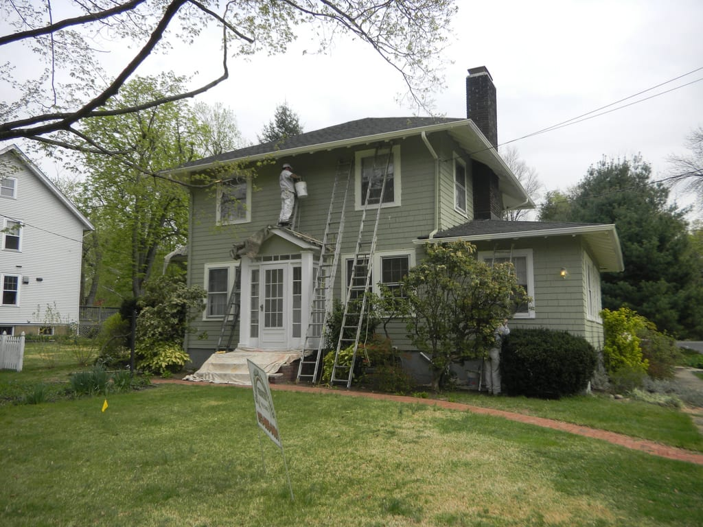 Exterior painting can be a tough job - Home Remodeling In Chicago